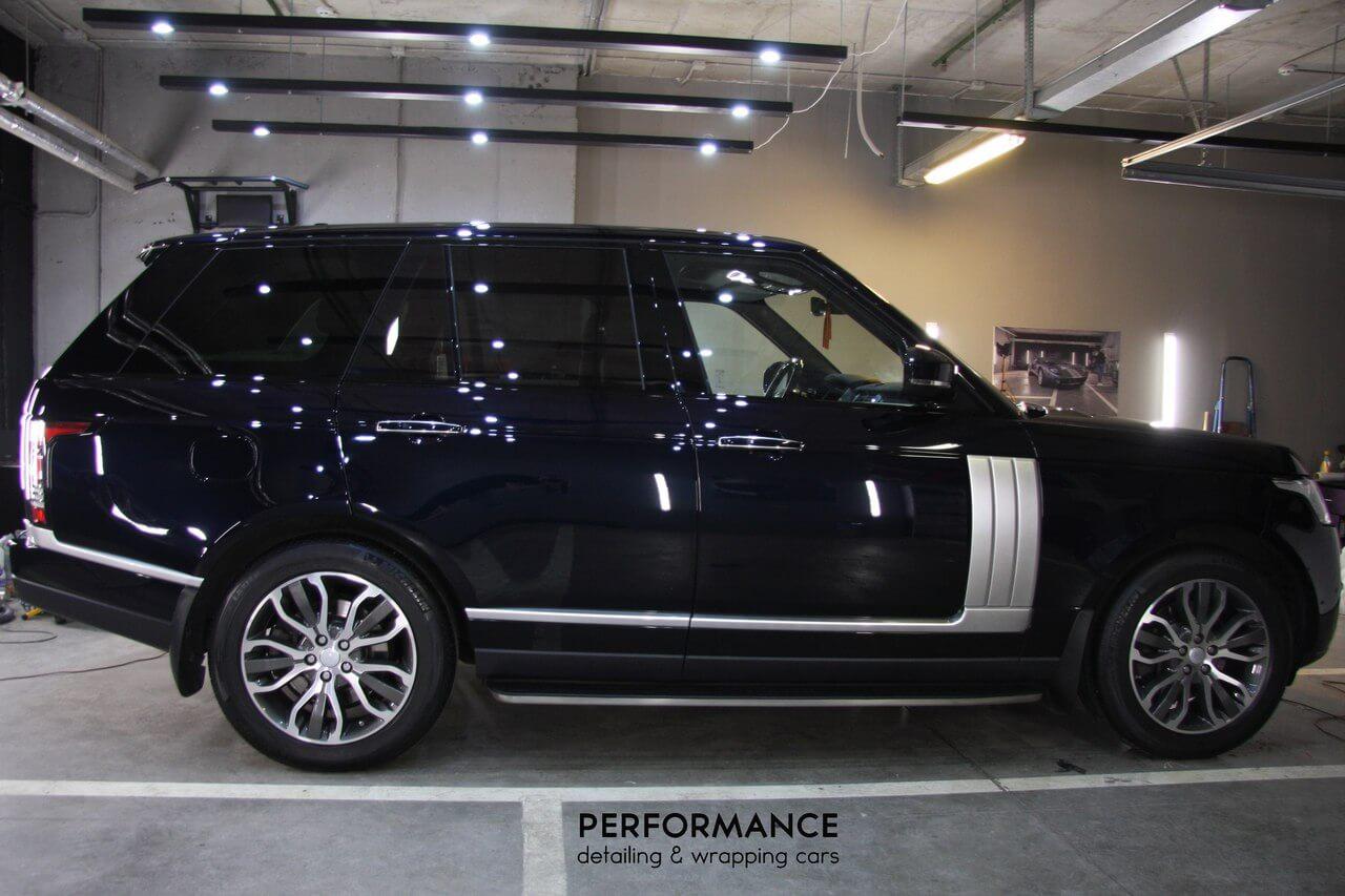 Покрытие керамическим составом Ceramic Pro 9H автомобиля Range Rover Vogue