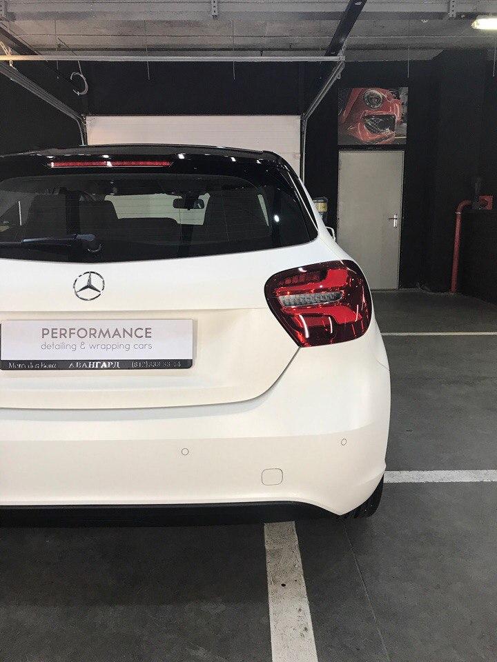 Оклейка прозрачной матовой пленкой кузова Mercedes Benz A Class