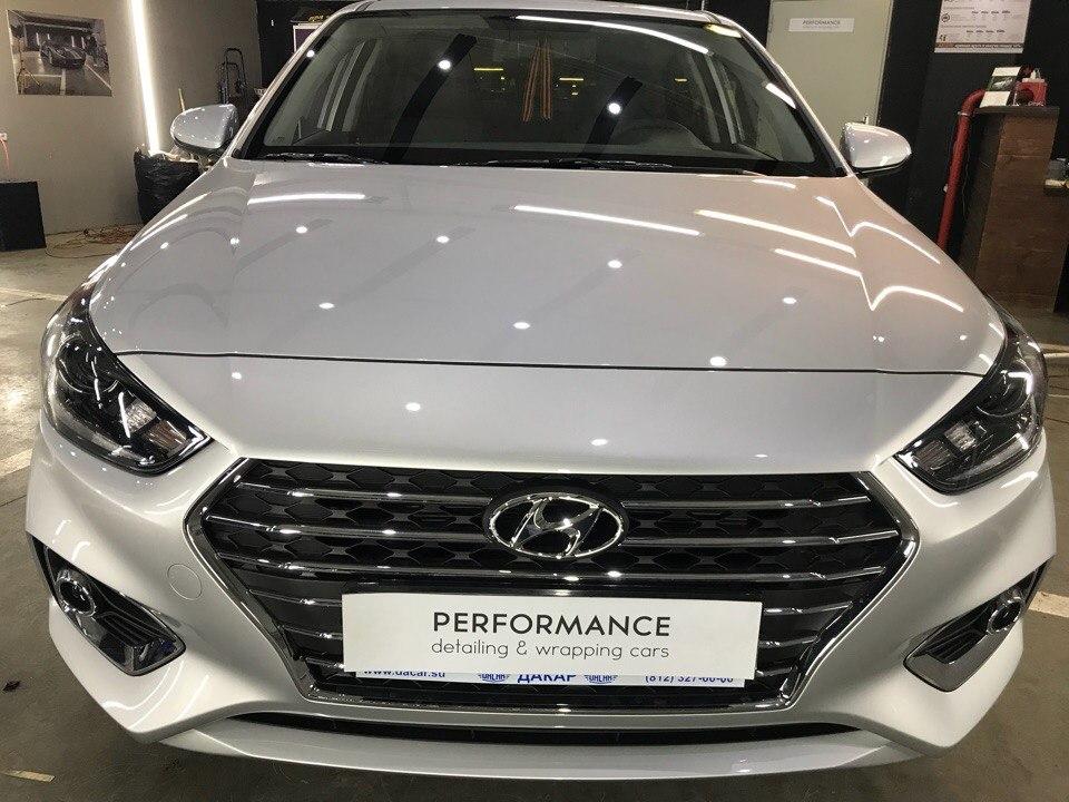 Оклейка автомобиля и покрытие керамикой Hyundai Solaris