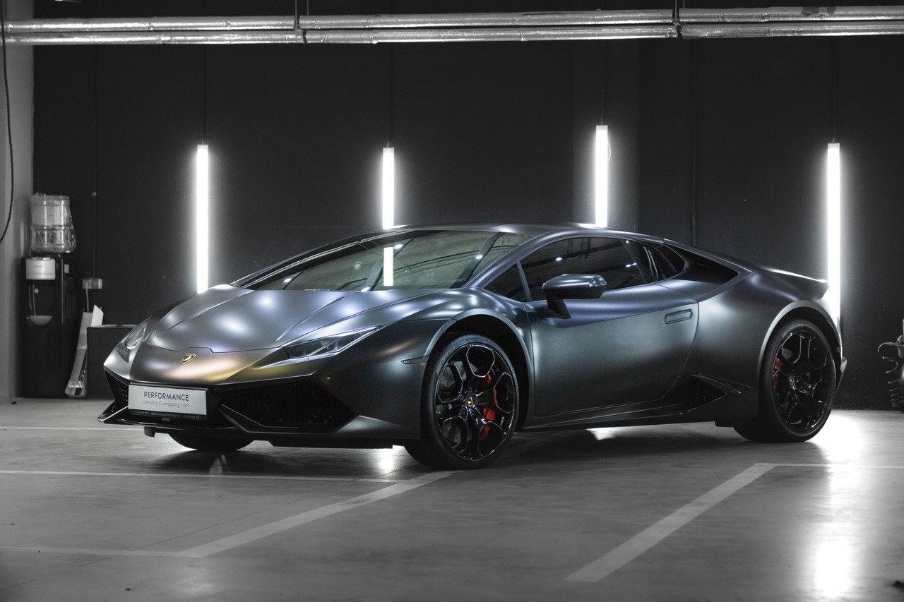 Оклейка виниловой пленкой, тонировка, керамическое покрытие для автмобиля Lamborghini Huracan
