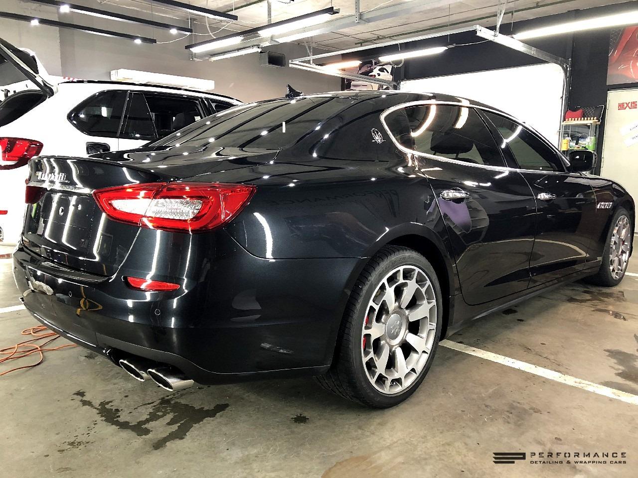 Фото Полиуретан, керамика и антихром на Maserati Quattroporte