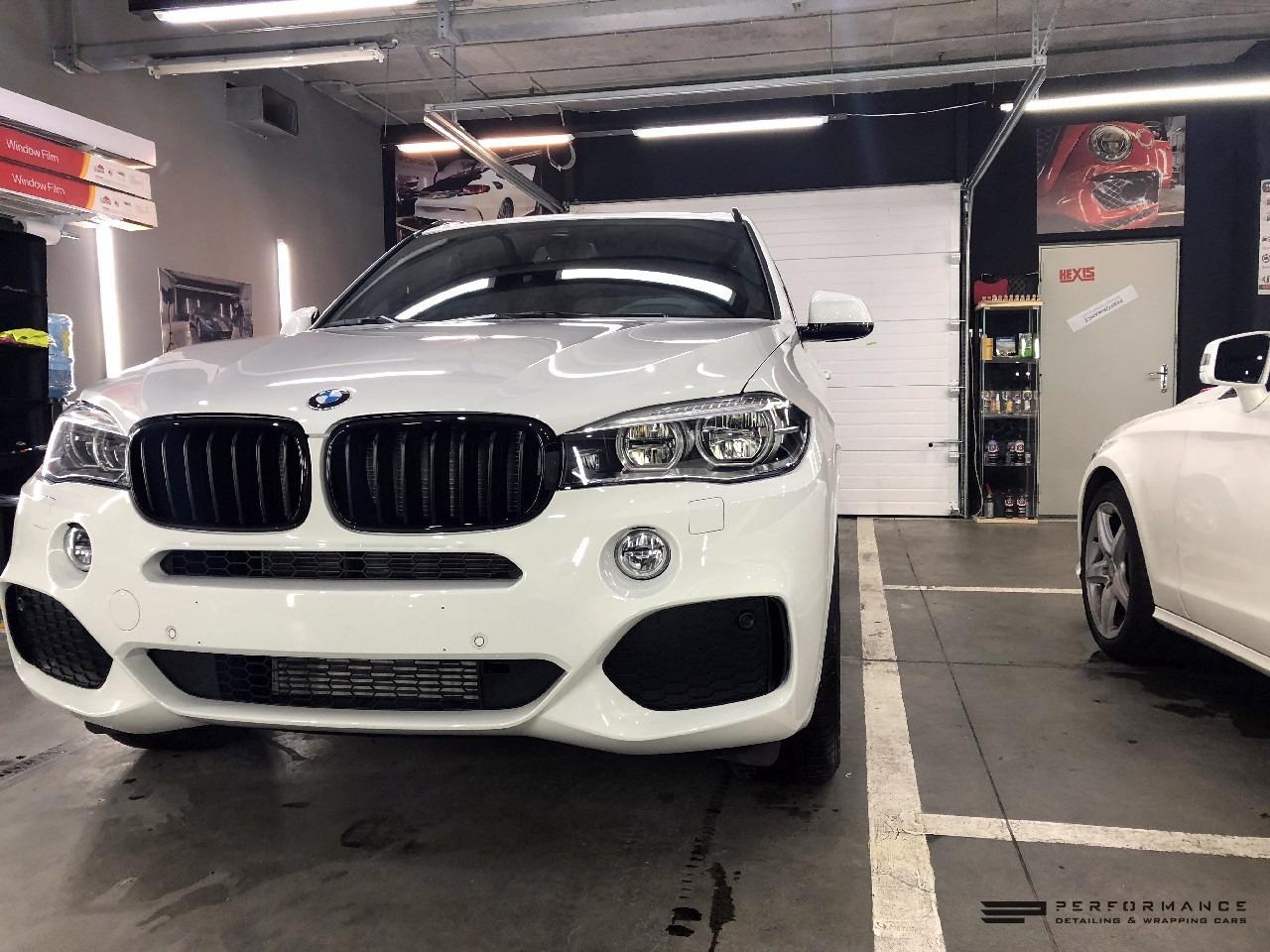 Бронирование кузова и тонировка стекол на BMW X5