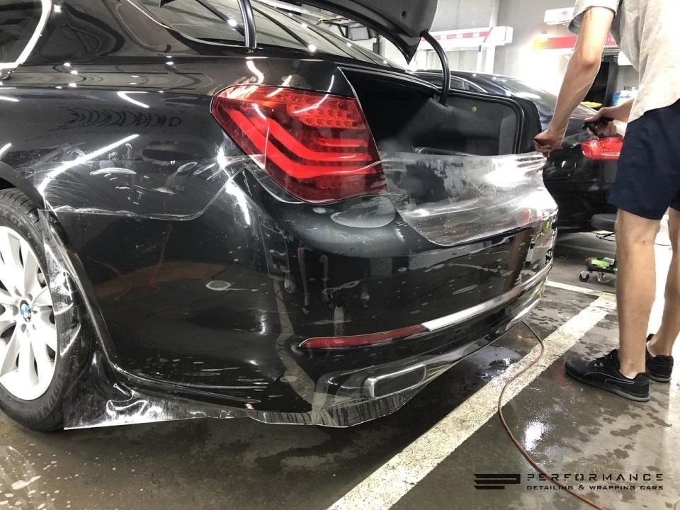 Фото BMW 740 — два шага к надежной защите!