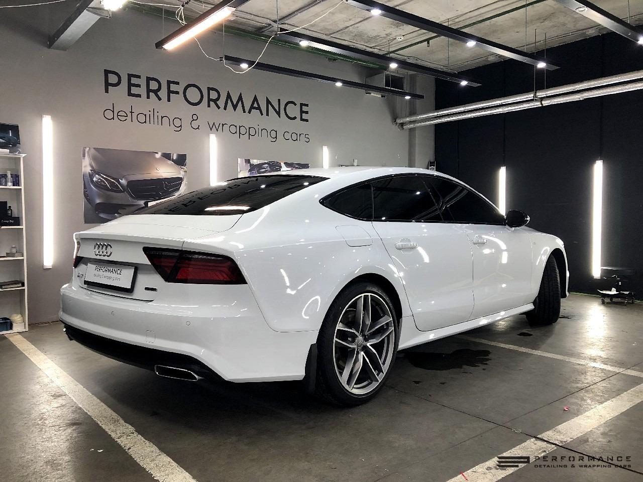 Оклейка антигравийной пленкой и обработка жидким стеклом Audi A7