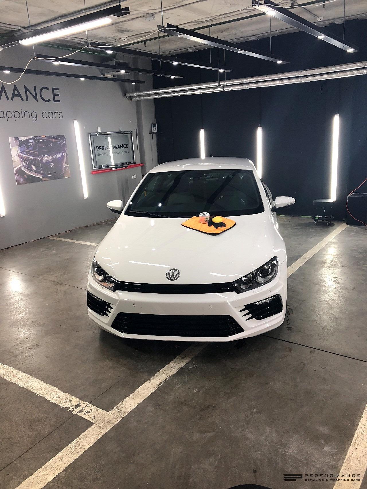 Оклейка антигравийной пленкой Llumar автомобиля Volkswagen Scirocco