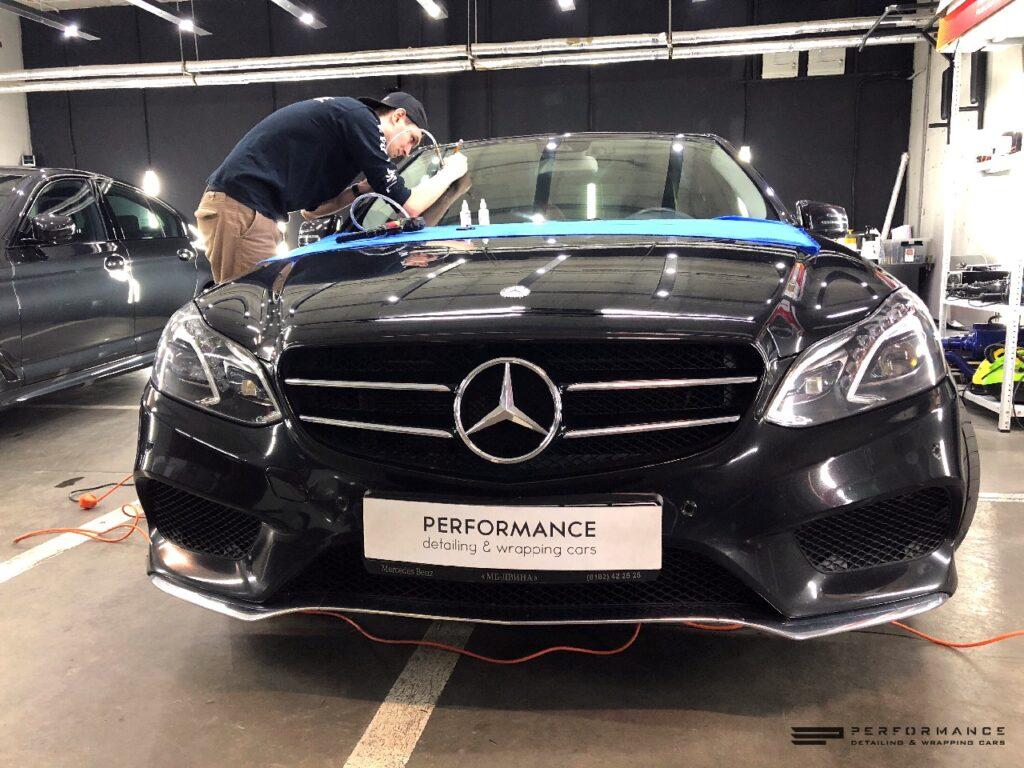 Фото Ремонт лобового и защита дисков для Mercedes-Benz E Class