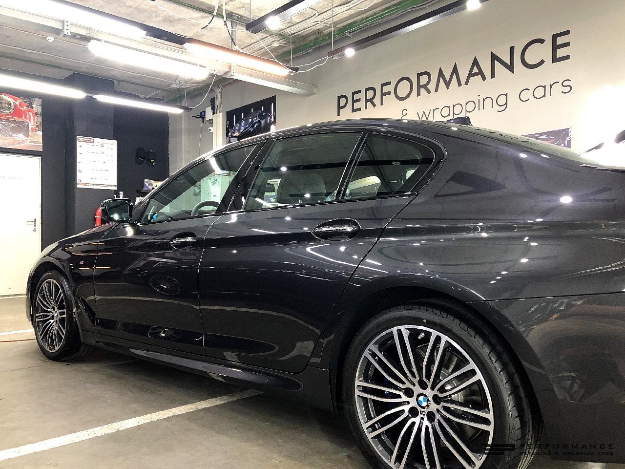 Фото Защита фар и керамика для BMW 5