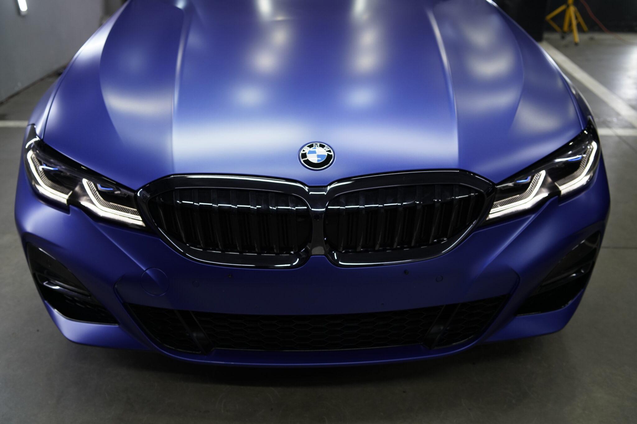Оклейка матовым полиуретаном BMW 3